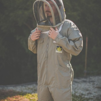 BeePro Khaki - the complete suit with sunlight wtmkd - ks