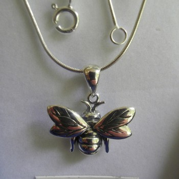 Flying Silver Bee Pendant and chain