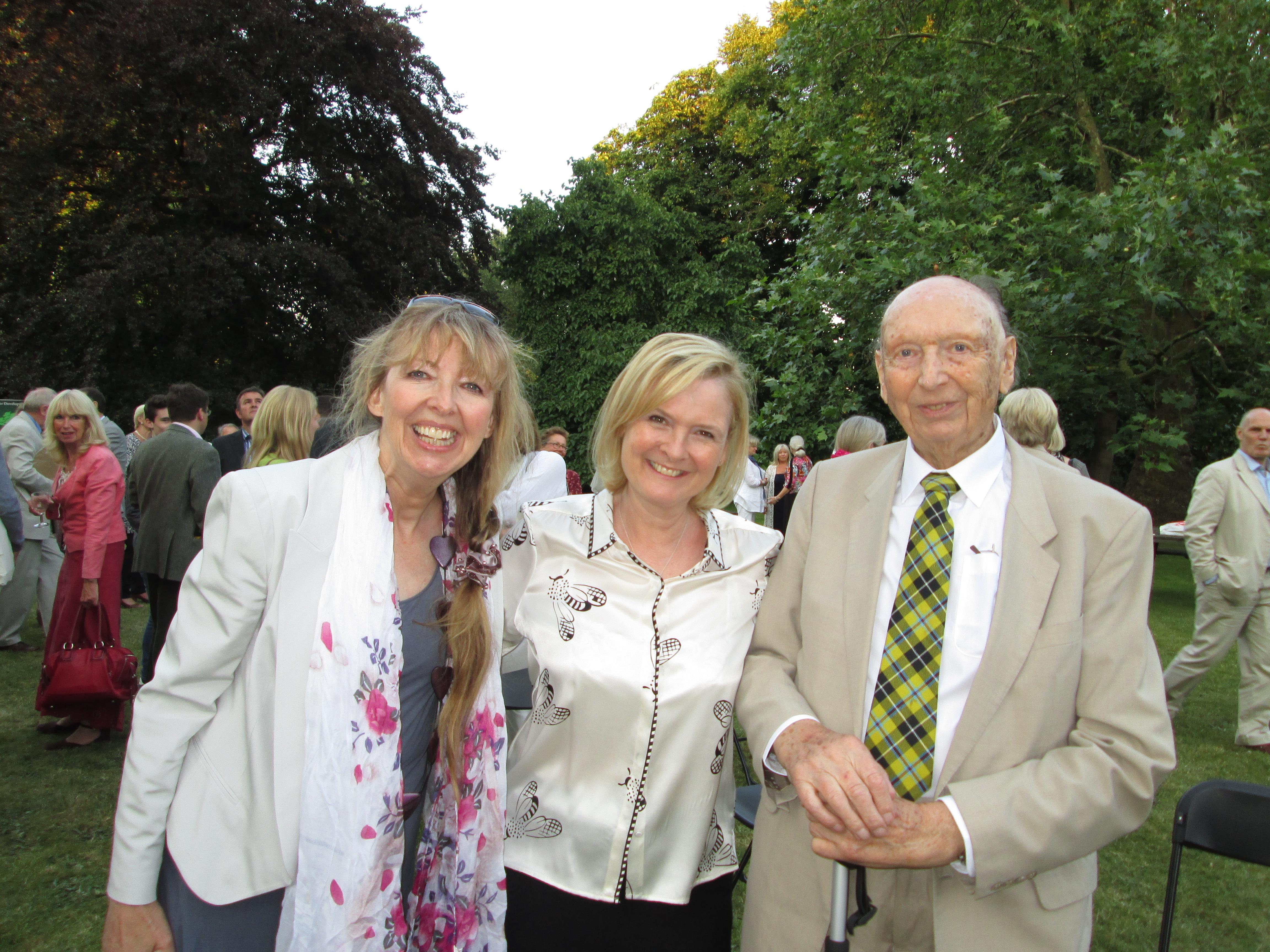 Nº 0 - ( Martha Kearney, Brian Sherriff and Anji Sherriff at Bee Garden Party 01 July 2014)