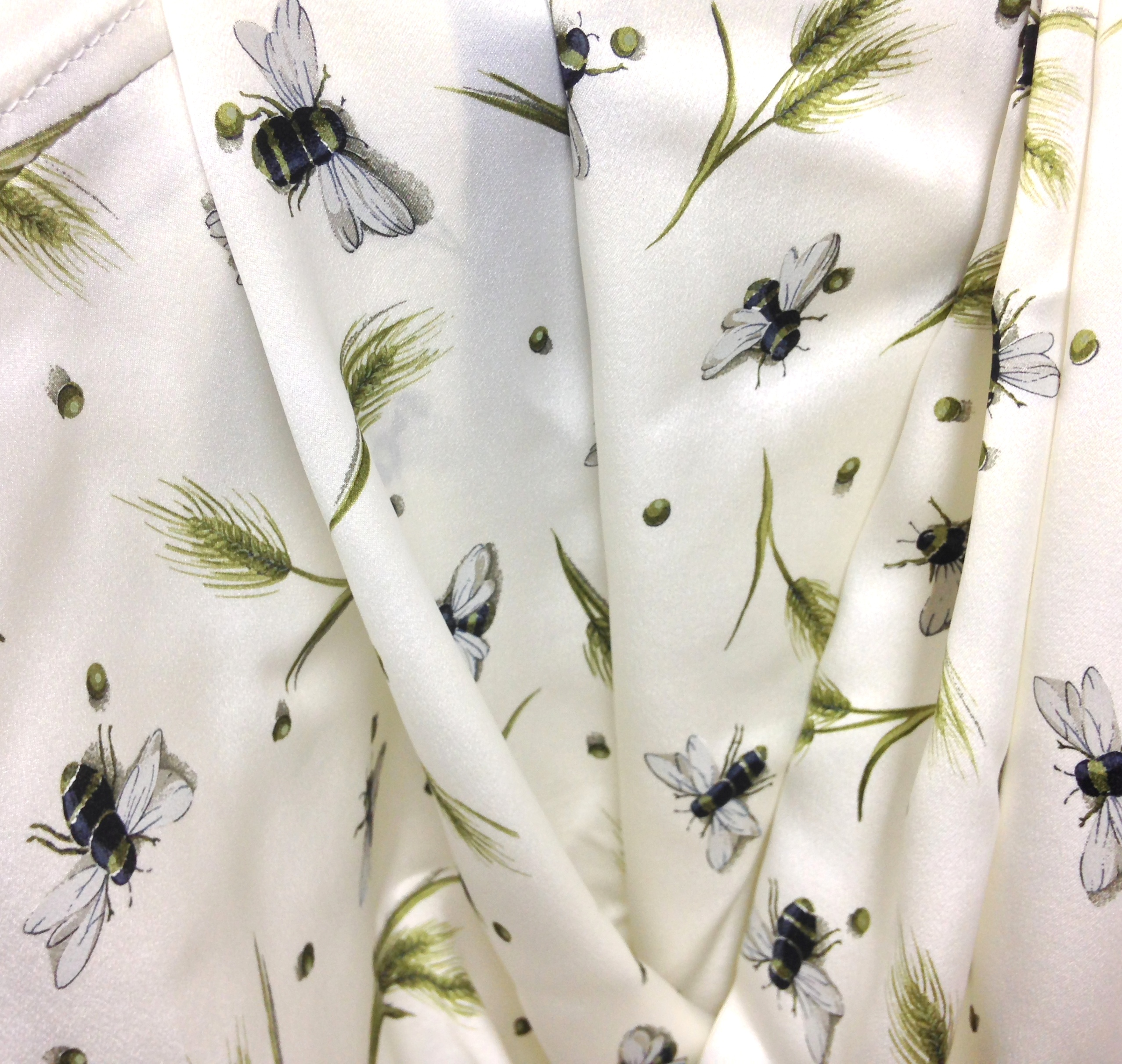 Bee Scarf - cream background