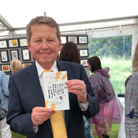 Bill Turnbull and The Bras and The Bees
